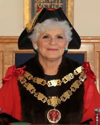 MAYOR Lucia Kirk